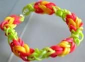 Bracelet élastique facile: quatre solutions